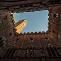 Torre Del Mangia Siena Italy  by John McGraw