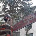 Totem 2 by Les Polgar