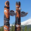 Jasper Totem Poles by Arterra Picture Library
