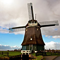 Traditional Dutch Windmill Near Volendam  by Silva Wischeropp