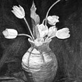Tulips In A Vase by Hui Zhi Song
