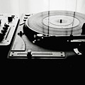 Turntable by So1