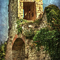 Turret At Wallingford Castle by Ian Lewis