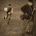U. S. Civil War Messenger Boy On The Run by Mitch Spence