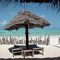 Uhuru Beach Lodge Zanzibar - Notkak by Gareth Pickering