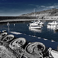 Unplugged At The Harbour - Toned by Susie Peek