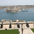 Upper Barrakka Saluting Battery by Travel Pics