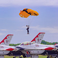 U.s. Army Golden Knights - Thunderbirds by Jack R Perry