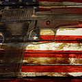 Usa Handgun by Les Cunliffe