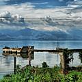 Valencia Lake by Galeria Trompiz