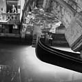 Venetian Daily Scene by Yuri San