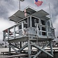 Venice Beach Life Guard Station In Black And White by Lynn Bauer