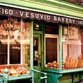 Vesuvio Bakery by Linda  Parker