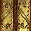Victorian Door Pulls by Phyllis Denton