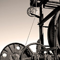 Vintage Machinery by Gaspar Avila