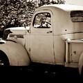 Vintage Truck 2 by Catherine Sobredo