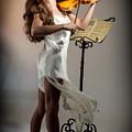 Violinista #3 by Rikk Flohr