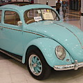 Vw Beetle by Mike Holloway