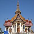 Wat Chaimongkron Phra Wihan Dthcb0088 by Gerry Gantt