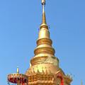 Wat Nam Lom Phra Chedi Dthla0093 by Gerry Gantt