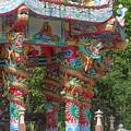 Wat Pa Neramit Mae Taeng Chinese Shrine Dragon Pillars Dthcm2067 by Gerry Gantt