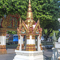 Wat Ratcha Thanee Phra Ubosot Boundary Stone Shrine Dthst0220 by Gerry Gantt
