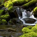 Water Cascade by Heniek