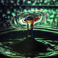 Water Drop Collision by Robert Storost