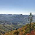 Waterrock Knob On Blue Ridge Parkway by Darrell Young