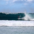 Wave Magnet by Benen  Weir