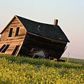 Weathered Old Farm House In Scenic Saskatchewan by Mark Duffy