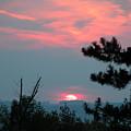 Western Sunset Sun On The Horizon by Joe Lee