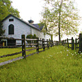 Widener Farms Horse Stable by Bill Cannon