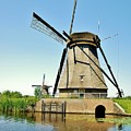 Windmill Neatherlands 3 by Phyllis Spoor