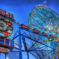 Wonder Wheel by Bryan Hochman