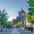 Wynn Commons - University Of Pennsylvania by Bill Cannon