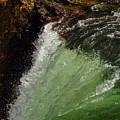 Yellowstone Upperfalls by Patrick  Flynn