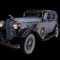 1932 Lincoln Sedan Horizontal by TL Mair