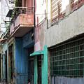 Alley In Cuba by Jennifer Thomas