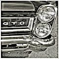 Classic Pontiac by Bruce Gannon