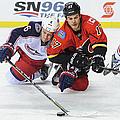 Columbus Blue Jackets V Calgary Flames by Derek Leung