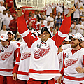 Detroit Red Wings V Pittsburgh Penguins by Dave Sandford
