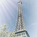 La Tour Eiffel by Luther Fine Art