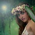 Fairy Stare by Rikk Flohr