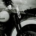 Iconic Harley-davidson  by Shaun Higson