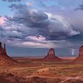 Lightning Across The Valley    by Harriet Feagin