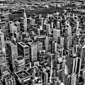 Manhattan Nyc Electrifying Pulse Bw by Susan Candelario