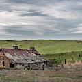 Palouse Barn 9907 by Bob Neiman