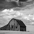 Palouse Barn Ir 9335 by Bob Neiman