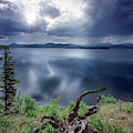 Priest Lake Light by Leland D Howard